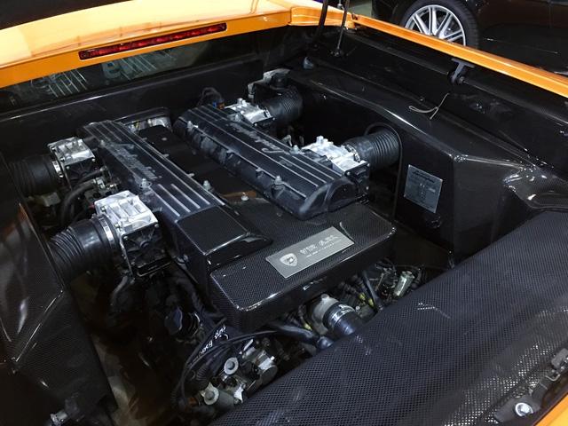 Động cơ V12 mạnh mẽ của Lamborghini Murcielago