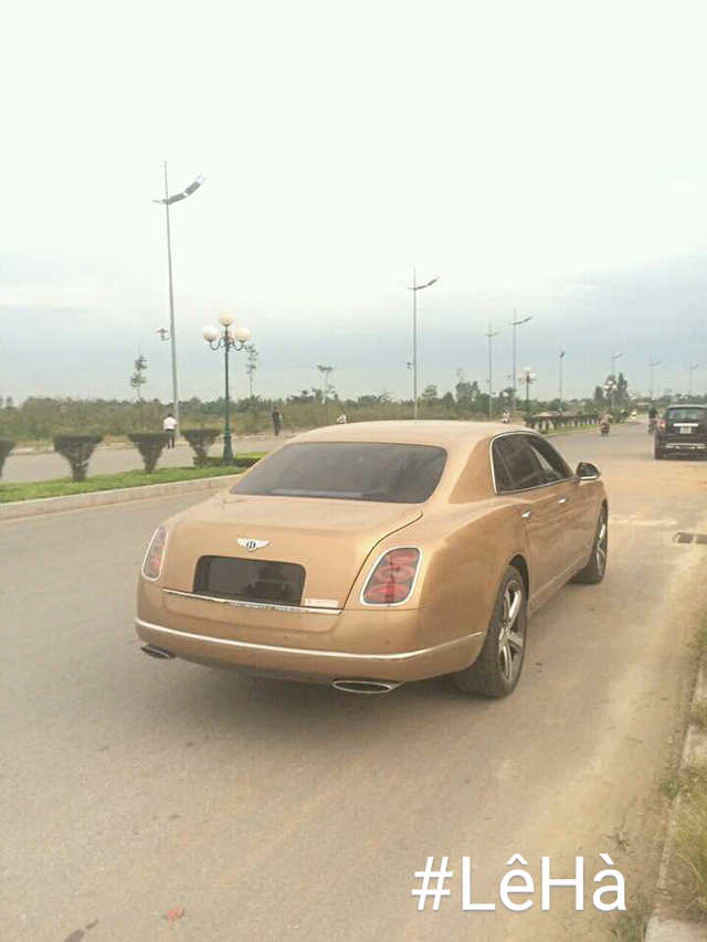 Bentley Mulsanne Speed 2016 màu lạ định cư tại Thanh Hóa. Ảnh: Lê Hà.