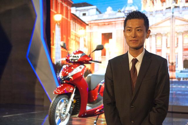 Honda SH300i chính hãng 248 triệu, đại lý tư nhân khóc ròng - Ảnh 6.