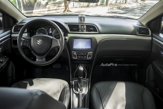 Đánh giá Suzuki Ciaz - Làn gió mới trong phân khúc sedan hạng B - Ảnh 3.