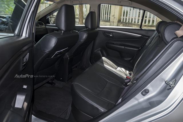 Đánh giá Suzuki Ciaz - Làn gió mới trong phân khúc sedan hạng B - Ảnh 4.