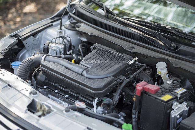Đánh giá Suzuki Ciaz - Làn gió mới trong phân khúc sedan hạng B - Ảnh 5.