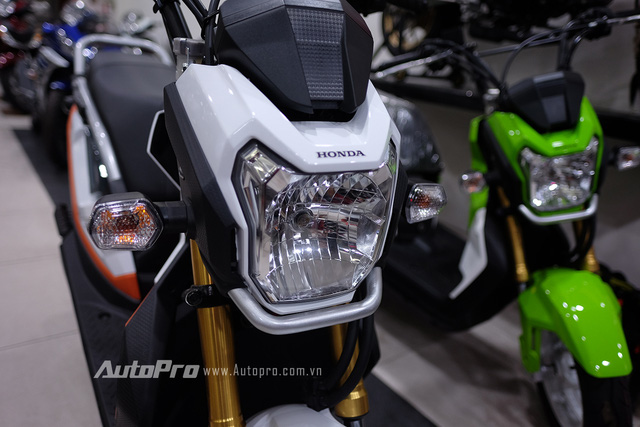 Soi cận cảnh xe Honda Zoomer-X 2017 đầu tiên tại Việt Nam