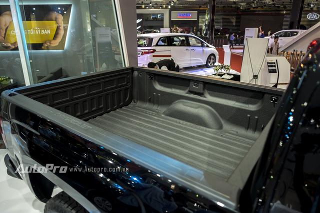 Riêng thùng hàng phía sau của Chevrolet Silverado cũng có kích thước tới 2.003 x 1.296 x 536mm (DxRxC).