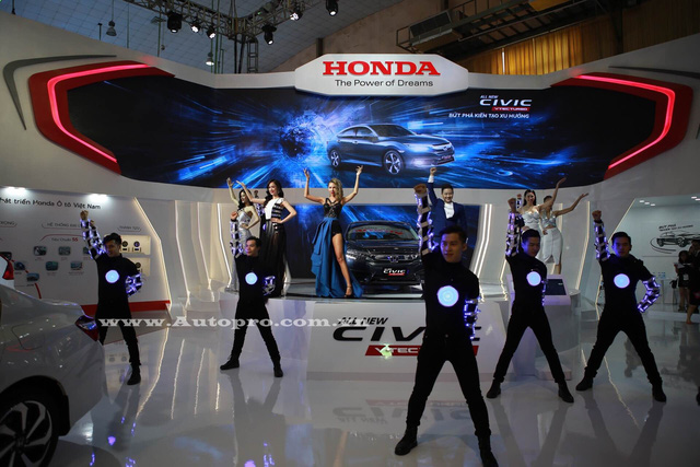 Civic 2017 tâm điểm của nhà Honda tại triển lãm VMS 2016 3