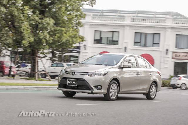 """Đánh giá Toyota Vios 2016: Giải mã hiện tượng người Việt """"cuồng"""" Vios - Ảnh 12."""