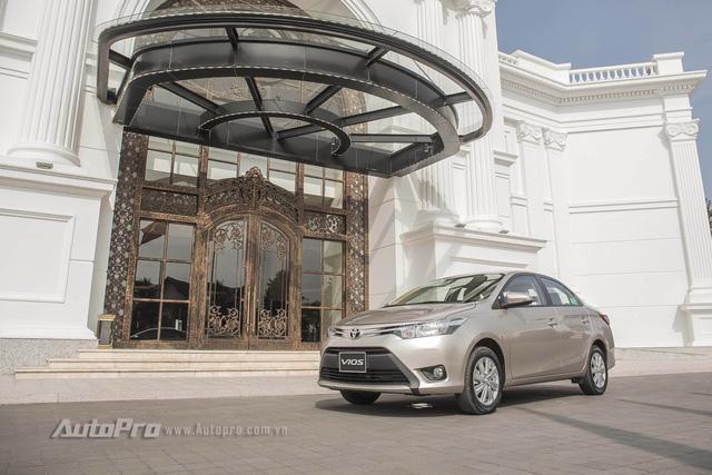 """Đánh giá Toyota Vios 2016: Giải mã hiện tượng người Việt """"cuồng"""" Vios - Ảnh 2."""