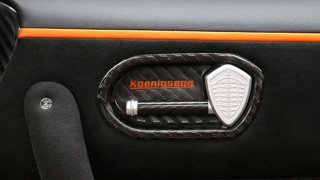 Cận cảnh siêu xe Koenigsegg One:1 được rao bán 135 tỷ Đồng - Ảnh 8.