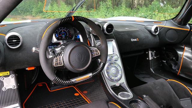 Cận cảnh siêu xe Koenigsegg One:1 được rao bán 135 tỷ Đồng - Ảnh 7.