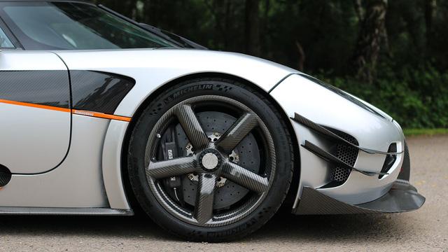 Cận cảnh siêu xe Koenigsegg One:1 được rao bán 135 tỷ Đồng - Ảnh 6.