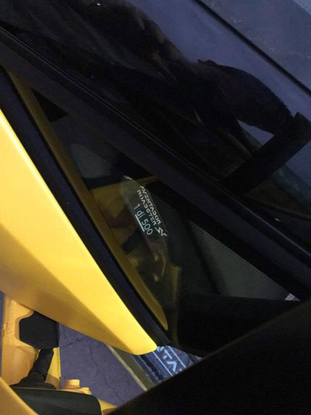 Nghe thử âm thanh uy lực của siêu xe Lamborghini Aventador SV mui trần độc nhất Việt Nam - Ảnh 4.