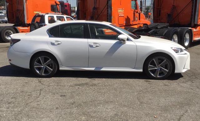 Đánh giá xe Lexus GS200t 2016 đầu tiên xuất hiện tại Việt Nam