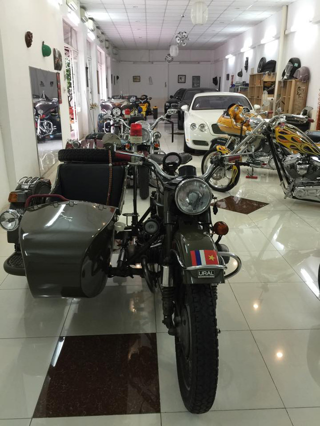 Ngoài dàn siêu xe khủng, đại gia y tế còn có bộ sưu tập mô tô khiến nhiều biker phát thèm - Ảnh 1.