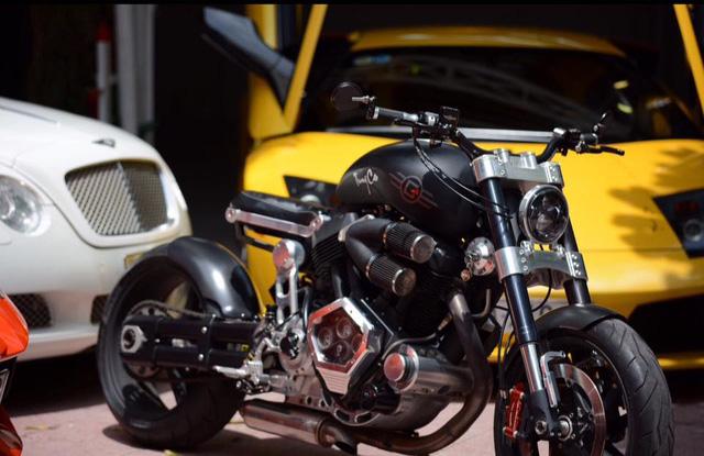 Ngoài dàn siêu xe khủng, đại gia y tế còn có bộ sưu tập mô tô khiến nhiều biker phát thèm - Ảnh 3.