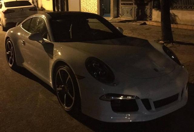 Đại gia Nghệ An sắm xe sang Porsche 911 Carrera S 1