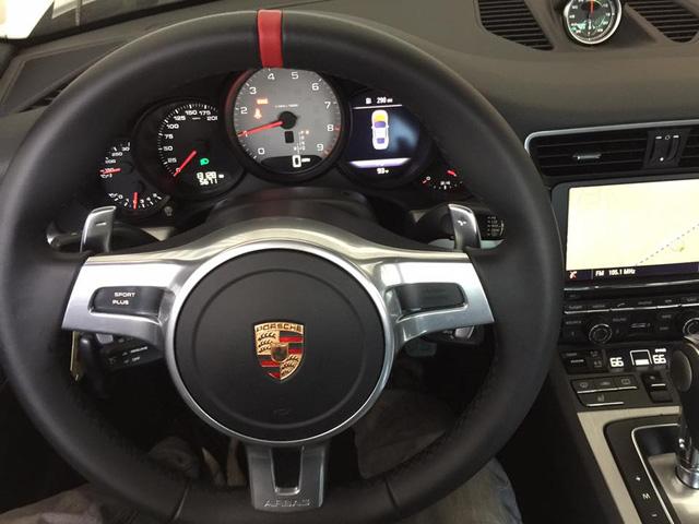 Đại gia Nghệ An sắm xe sang Porsche 911 Carrera S 4