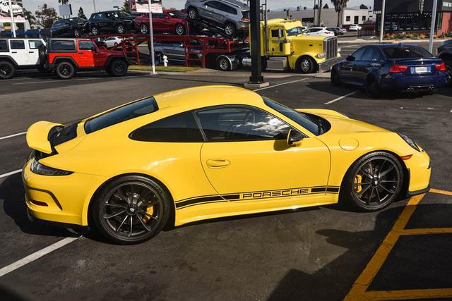 Hàng hiếm Porsche 911 R có giá khóc thét 23 tỷ Đồng - Ảnh 9.