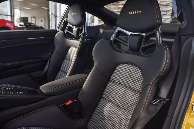 Hàng hiếm Porsche 911 R có giá khóc thét 23 tỷ Đồng - Ảnh 7.
