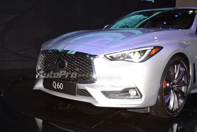 Infiniti Q60 Coupe 2017 giá bao nhiêu? Thiết kế vận hành có gì mới 5