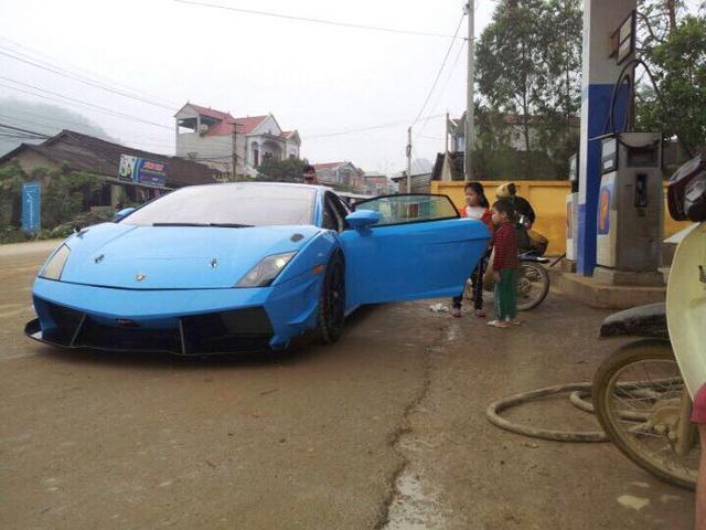 Siêu xe Lamborghini Gallardo xuất hiện tại miền núi Cao Bằng - Ảnh 1.