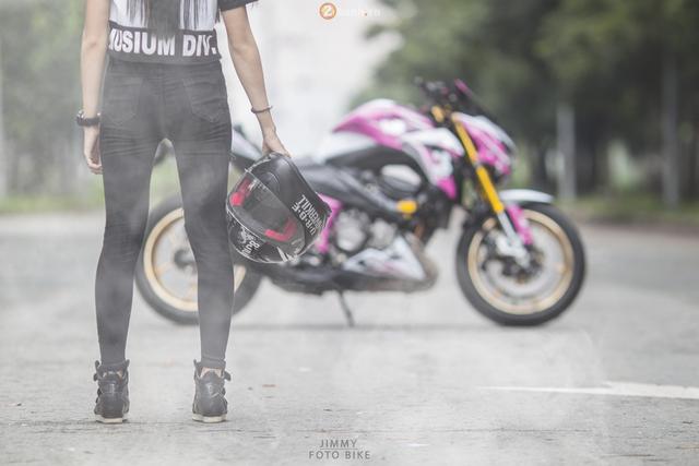 Tại thị trường Việt Nam, Kawasaki Z800 có giá bán tham khảo khoảng 358 triệu Đồng.