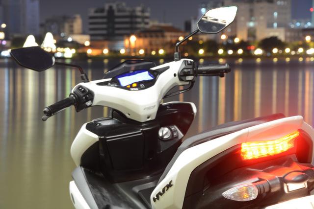 Đèn hậu sử dụng công nghệ LED làm điểm nhấn trong thiết kế.