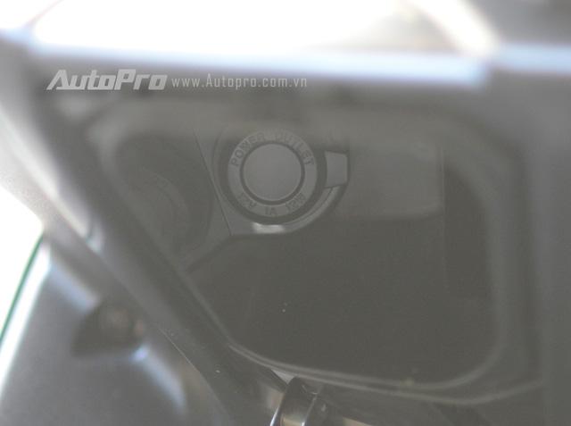 Nhập môn vào thị trường xe tay ga cao cấp, Yamaha NVX 155 trang bị hàng loạt công nghệ tiên tiến - Ảnh 14.