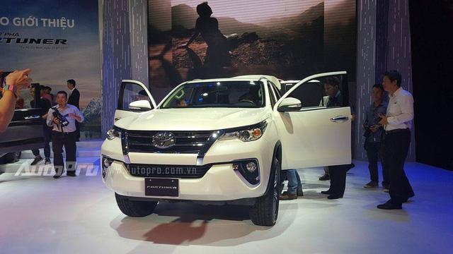 Toyota Fortuner 2017 ra mắt Việt Nam, giá từ 981 triệu Đồng - Ảnh 5.