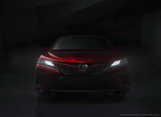 Toyota Camry 2018: Lột xác về thiết kế từ trong ra ngoài, thêm động cơ mới - Ảnh 18.