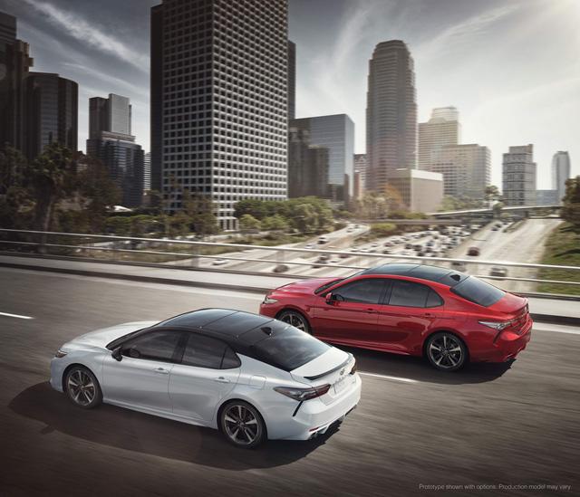 Toyota Camry 2018: Lột xác về thiết kế từ trong ra ngoài, thêm động cơ mới - Ảnh 20.