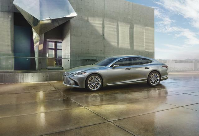 Lexus LS 2018 trình làng, Mercedes-Benz S-Class hãy coi chừng! - Ảnh 2.