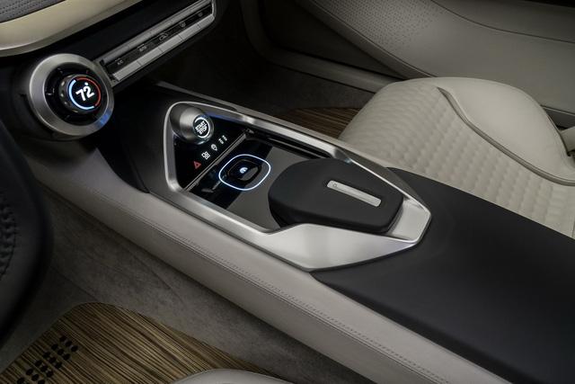 Nissan Vmotion 2.0 - Xe ý tưởng sở hữu thiết kế cực sexy - Ảnh 12.