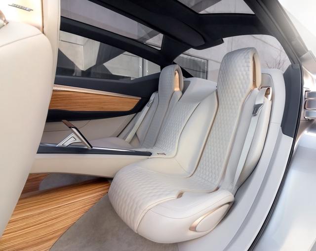 Nissan Vmotion 2.0 - Xe ý tưởng sở hữu thiết kế cực sexy - Ảnh 16.