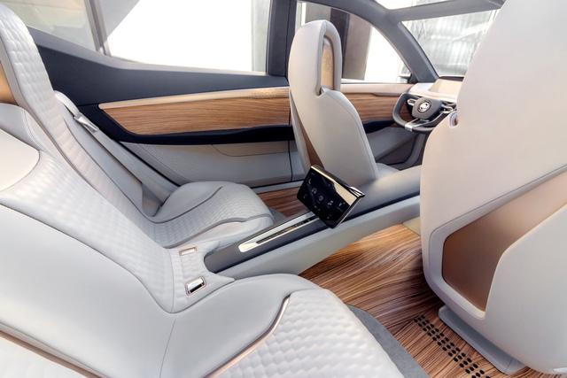 Nissan Vmotion 2.0 - Xe ý tưởng sở hữu thiết kế cực sexy - Ảnh 15.