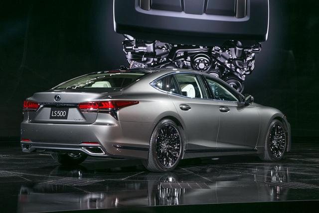 Cận cảnh vẻ đẹp xuất sắc của Lexus LS 2018 ngoài đời thực - Ảnh 4.