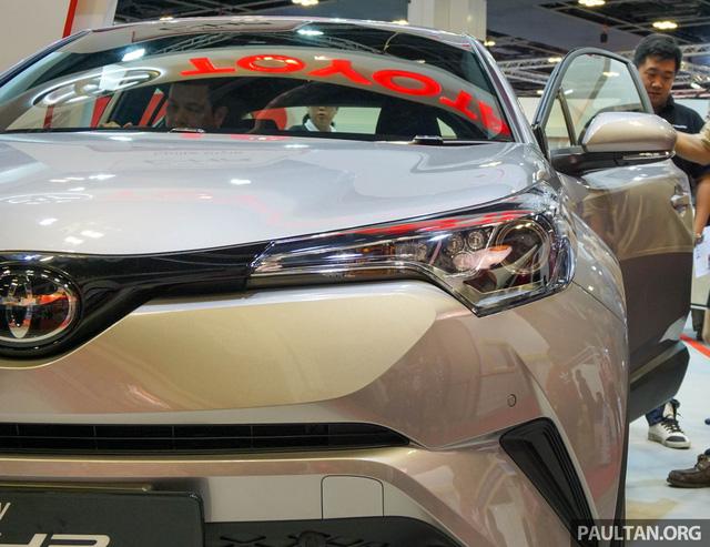 Crossover cỡ nhỏ Toyota C-HR ra mắt Đông Nam Á - Ảnh 4.