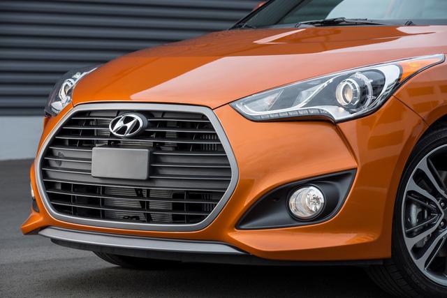 Hyundai Veloster Value Edition 2017 trình làng với giá 21.350 USD - Ảnh 9.