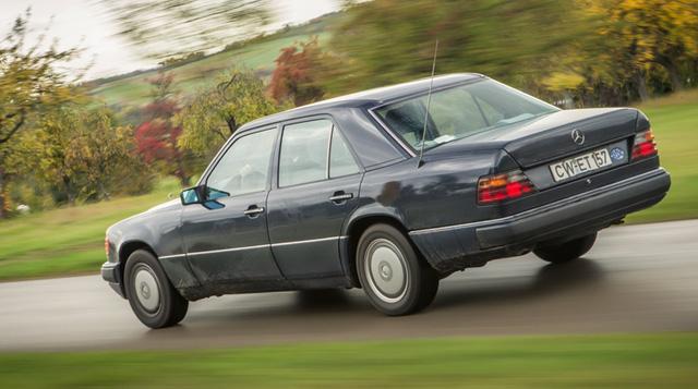 Làm quen với chiếc Mercedes-Benz E-Class chạy nhiều như taxi - Ảnh 2.