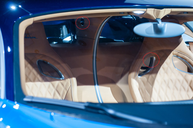 Rộ tin đồn Cristiano Ronaldo muốn mua cực phẩm Bugatti Chiron - Ảnh 3.