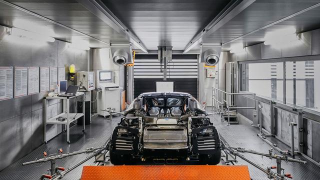 Khám phá nơi những chiếc siêu xe triệu đô Bugatti Chiron ra lò - Ảnh 13.