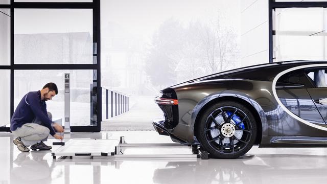Khám phá nơi những chiếc siêu xe triệu đô Bugatti Chiron ra lò - Ảnh 17.
