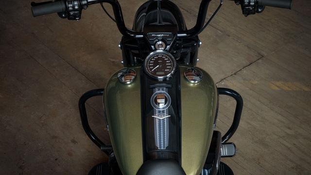 Harley-Davidson Road King Special trình làng với giá ngang ngửa Honda Civic - Ảnh 5.