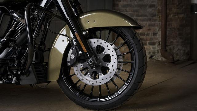 Harley-Davidson Road King Special trình làng với giá ngang ngửa Honda Civic - Ảnh 8.