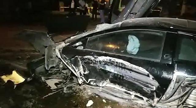 Lại thêm siêu xe Lamborghini Murcielago SV gây tai nạn kinh hoàng - Ảnh 2.