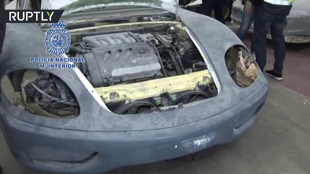 3 người bị bắt giữ vì sản xuất siêu xe Ferrari và Lamborghini nhái để bán - Ảnh 4.