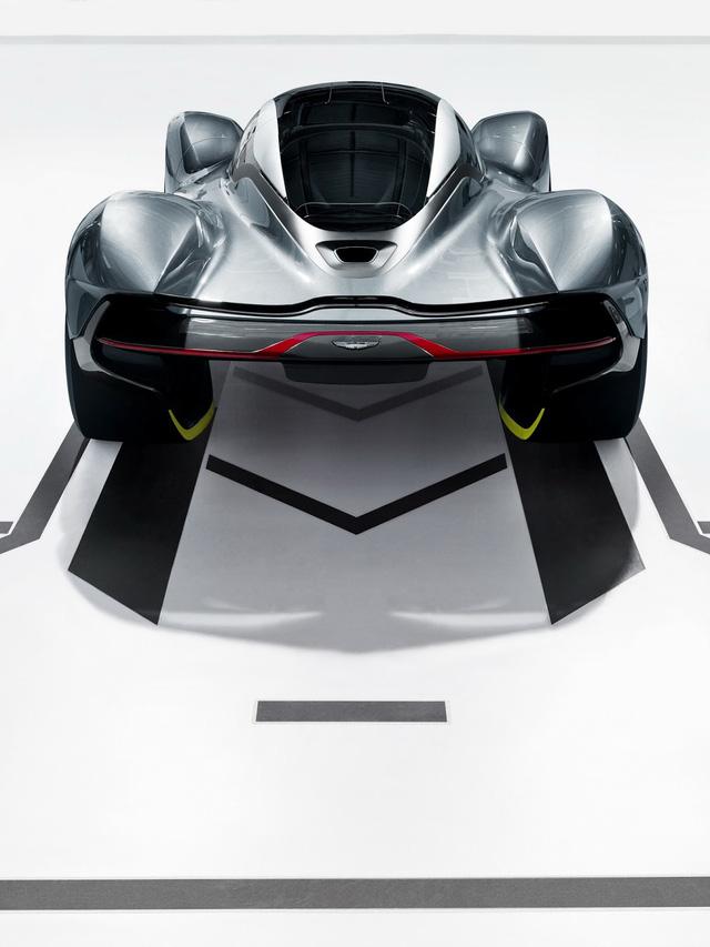Aston Martin AM-RB 001 là con chung của hàng loạt nhãn hiệu tên tuổi - Ảnh 2.