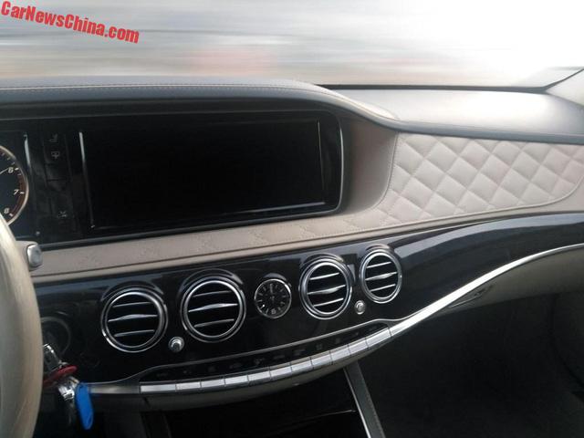 Bắt gặp Mercedes-Maybach S600 Pullman trong tình trạng kém long lanh trên đường phố - Ảnh 4.