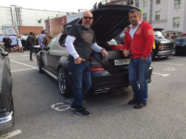 Không thể chờ X-Class ra mắt, biker biến Mercedes-Benz S-Class thành xe bán tải - Ảnh 3.