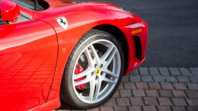 Hết Lamborghini Diablo đến Ferrari F430 của Tổng thống Mỹ Donald Trump được rao bán - Ảnh 7.