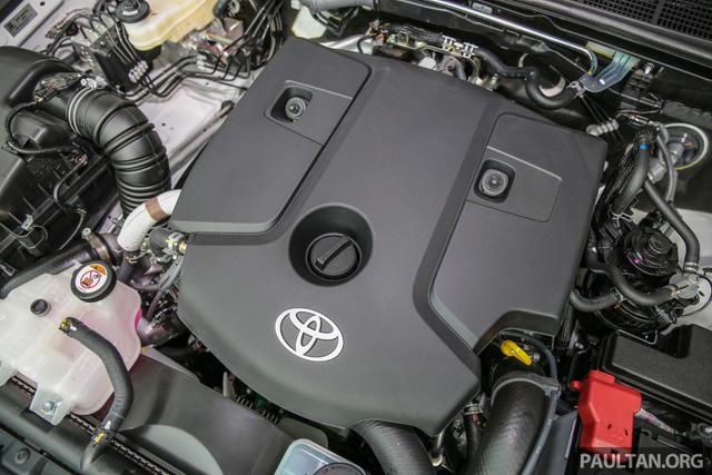 Cận cảnh Toyota Hilux bản đặc biệt mới tại Malaysia - Ảnh 13.